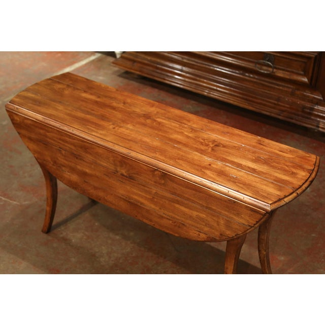 French Vintage French Louis XV Carved Walnut Drop Leaf Oval Console Table For Sale - Image 3 of 11