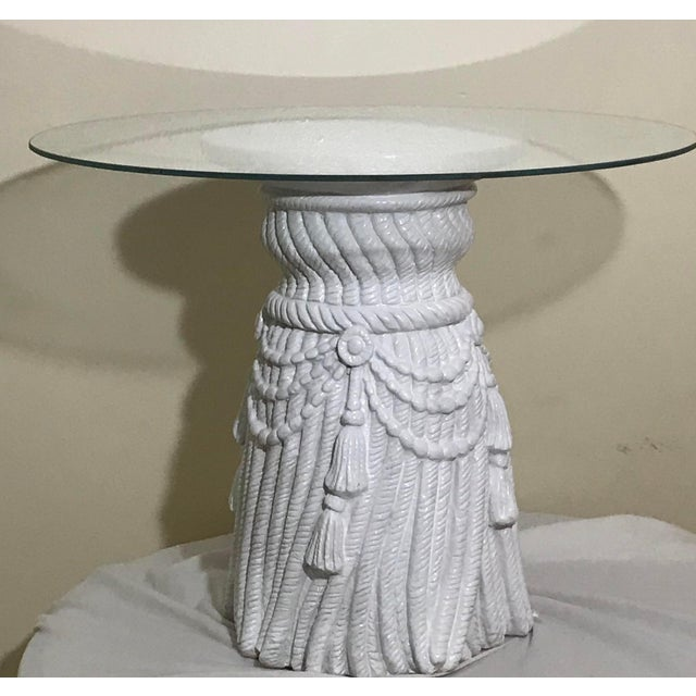 John Dickinson Hollywood Regency Tassel Fringe Rope Side Tables in the Manner of Dickinson – a Pair For Sale - Image 4 of 7