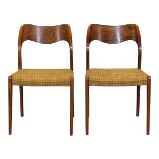 Pair of Danish Modern Model 71 Rosewood Dining Chairs by Niels Otto Møller For Sale