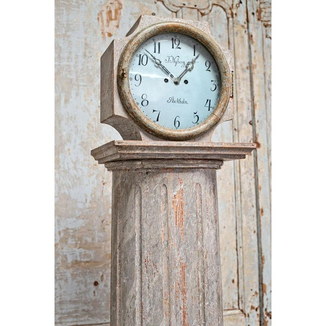 Gustavian (Swedish) 18th Century Swedish Neoclassical Working Long Case Clock in Original Paint For Sale - Image 3 of 8