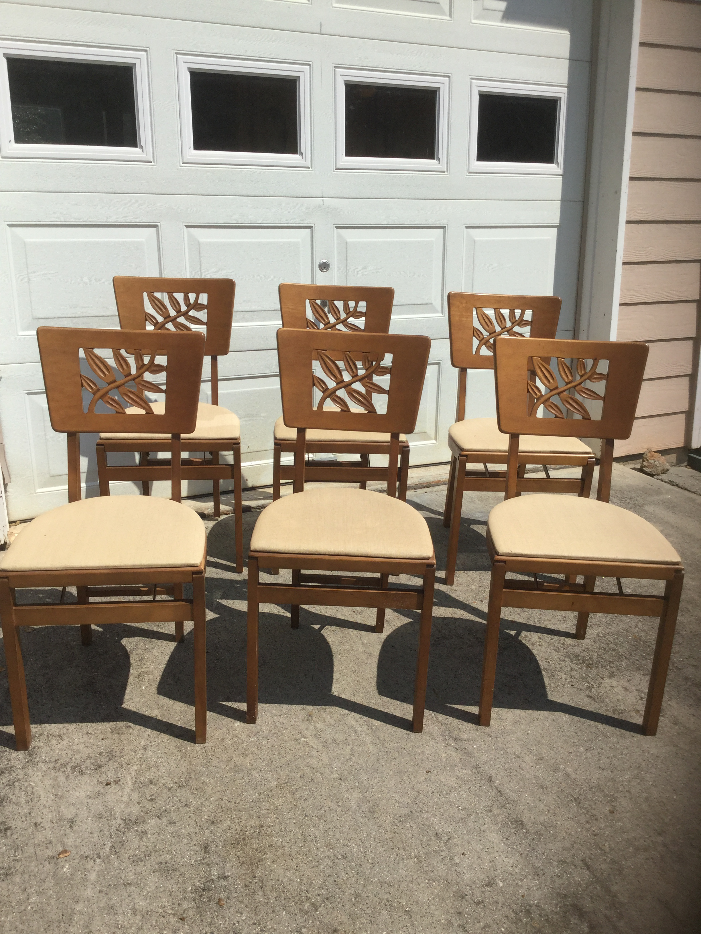 Art deco style furniture Chair What Rare Find To Obtain Whole Set Of Authentic Vintage Art Deco Style Montypanesarcom Vintage Carved Art Deco Chairs Set Of Chairish
