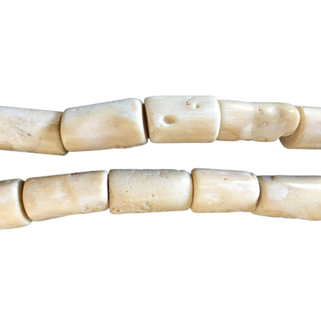 Trade African Natural White Coral 35 Beads For Sale In New York - Image 6 of 8
