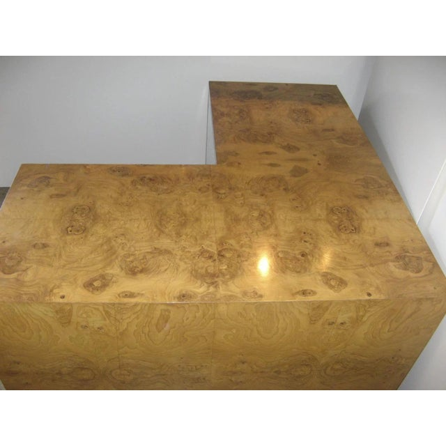 Tan Burl Walnut Desk by Milo Baughman for Thayer Coggin For Sale - Image 8 of 9