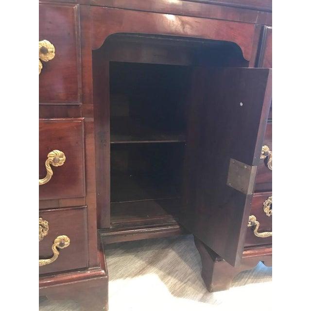 George III Mahogany Kneehole Desk - Image 3 of 6