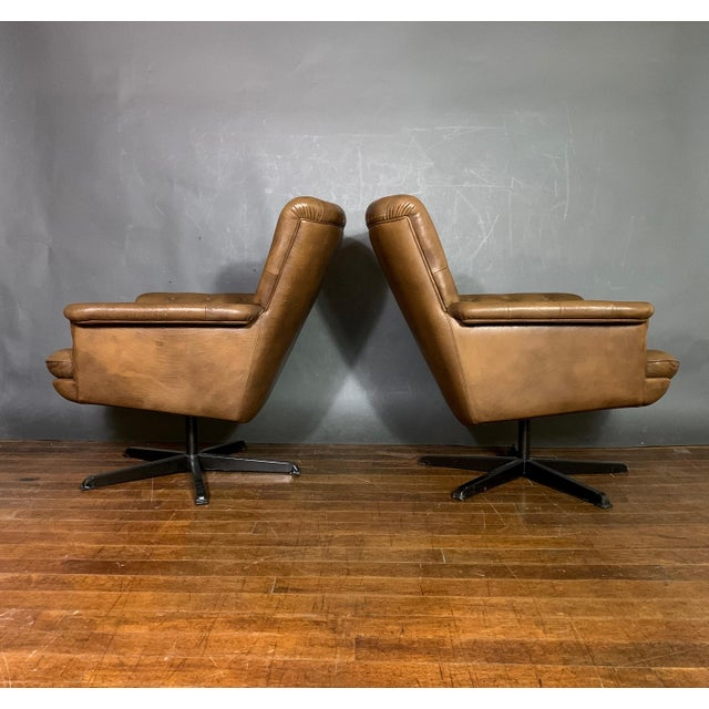 Pair Scandinavian Deep-Buttoned Leather Swivel Chairs, 1970s For Sale - Image 4 of 11