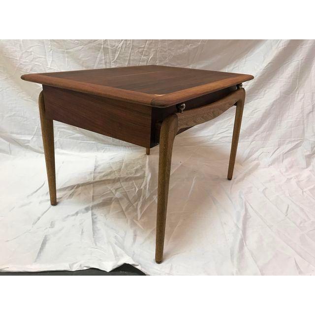 Beautiful Vintage Mid Century Modern Side Table Made By Lane In Altavista,  Va. This