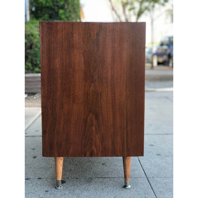 Mid Century Modern Chest of Drawers For Sale In Los Angeles - Image 6 of 13