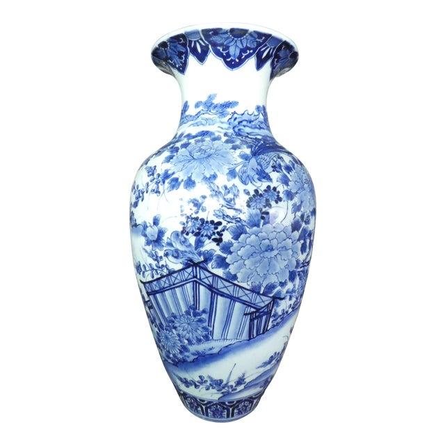 Palace Size 19th Century Antique Japanese Imari Vase For Sale
