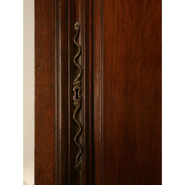 Early 18th Century Exquisite 17th C. Hand-Carved French Louis XIV Bonnetiere/Armoire For Sale - Image 5 of 11