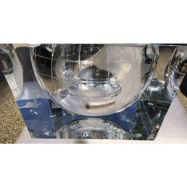 1970s Alessandro Albrizzi Ice Bucket With Incised Globe in Lucite For Sale - Image 10 of 12
