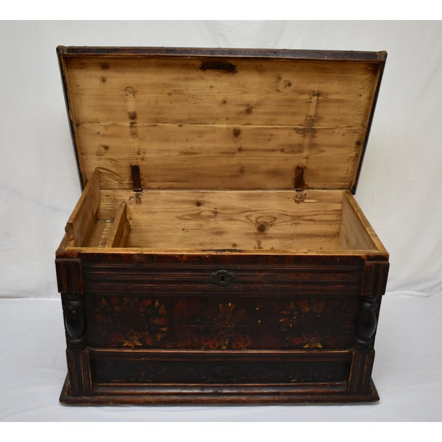 Painted Pine and Oak Trunk or Blanket Chest in Original Paint For Sale - Image 11 of 13