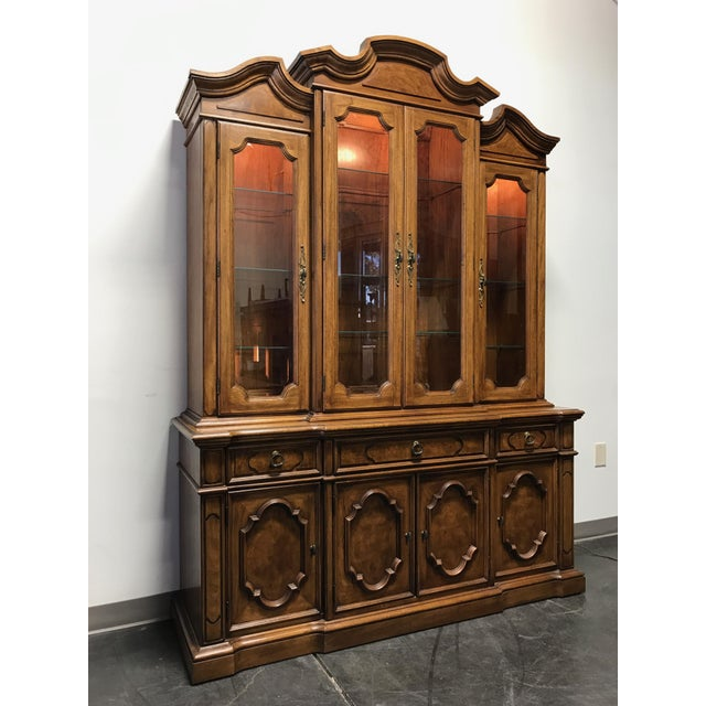 THOMASVILLE Ceremony Collection Burl Walnut Breakfront China Display Cabinet - Image 2 of 11