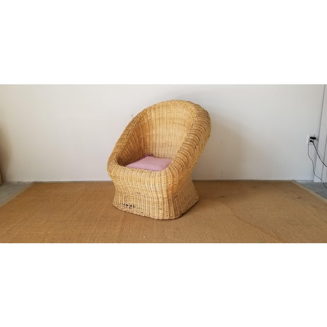 For your consideration we are presenting for sale this stunning Vintage woven Wicker Club Lounge Chair. A fabulously...