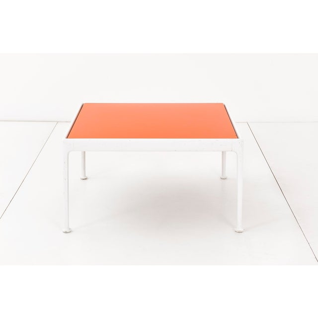 Richard Schultz outdoor coffee table for Knoll. This table has a white powder-coated, cast and extruded aluminum frame...