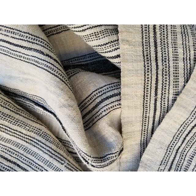 Hand Spun Black Stripe Linen Throw - Image 3 of 7