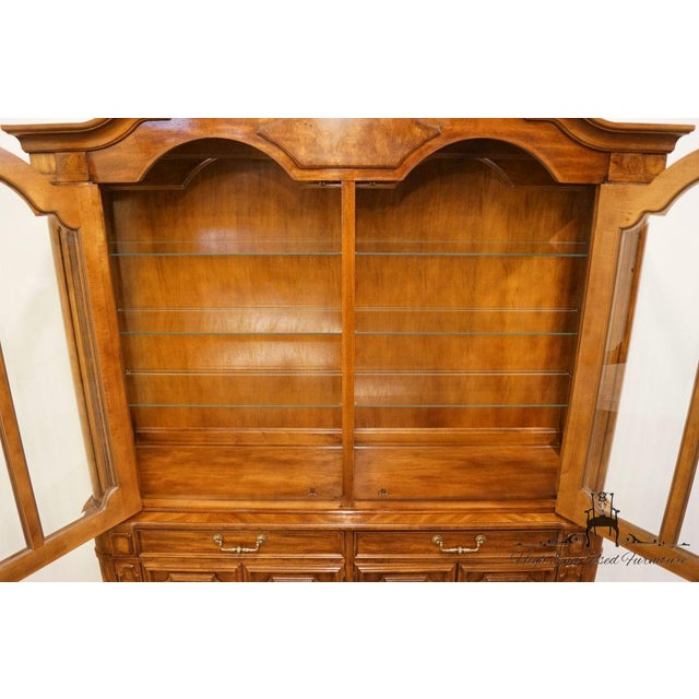 """Thomasville Thomasville Furniture Contessina Collection 72"""" Lighted China Cabinet For Sale - Image 4 of 13"""