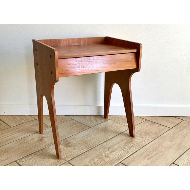 1960s Mid Century Modern Small Side Table Nightstand For Sale - Image 11 of 11
