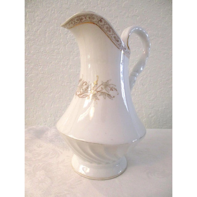 1920s White & Gold Porcelain Coffee Pot For Sale - Image 9 of 9