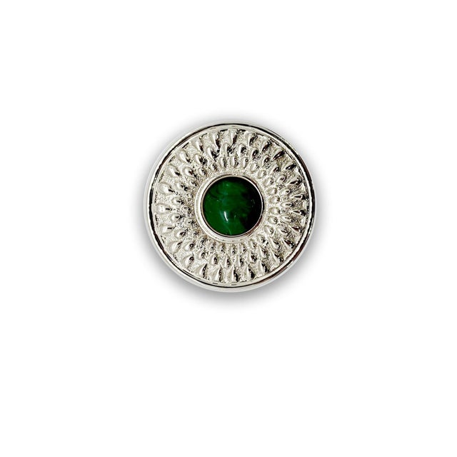 This knob can be used in a classic space or a boho inspired space! Choose the gemstone that best suits your space!