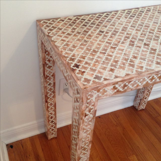 HD Buttercup Shell Inlay Trellis Console - Image 8 of 11