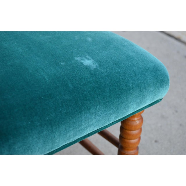 Late 19th Century Antique Peacock Velvet Chaise Lounge For Sale In New York - Image 6 of 11