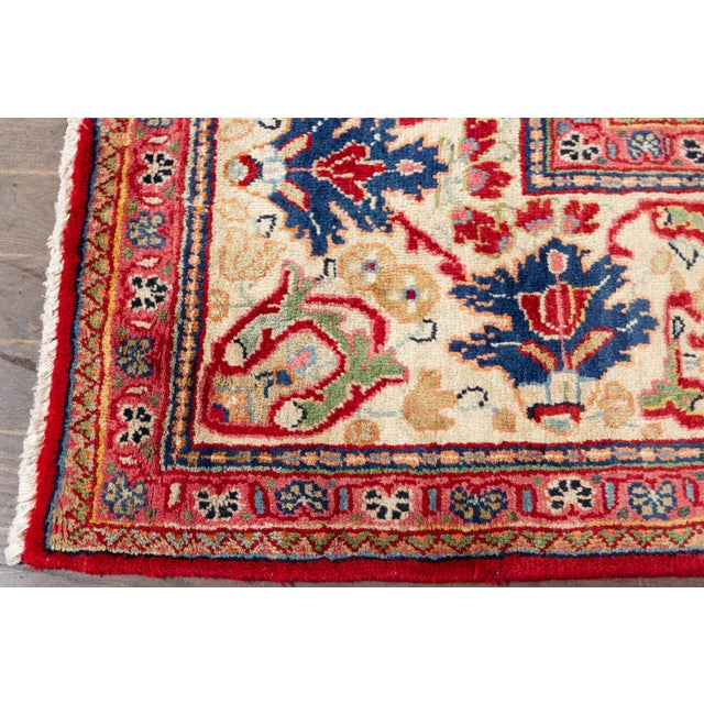 """Traditional Antique Mahal Rug, 9'5"""" X 12'8"""" For Sale - Image 3 of 7"""
