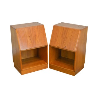 Danish Modern Pair of Teak Nightstands by Nordisk Andels Eksport For Sale