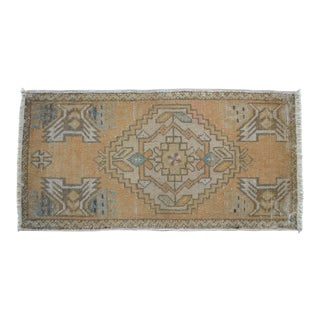 Distressed Low Pile Turkish Yastik Rug Faded Kitchen Sink Mat - 1'6'' X 3' For Sale