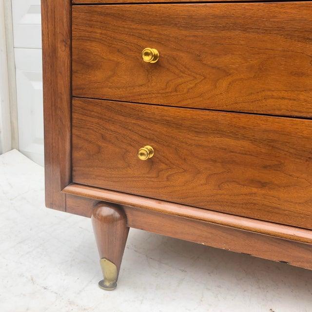 "Mid-Century Modern Highboy Dresser by Kent Coffey, ""The Berkeley"" For Sale - Image 9 of 13"