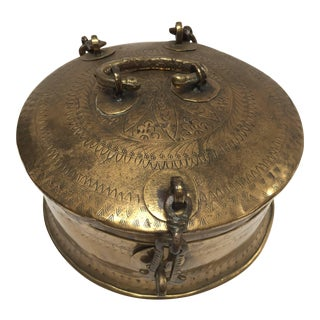 Anglo Indian Decorative Brass Lidded Tea Caddy For Sale