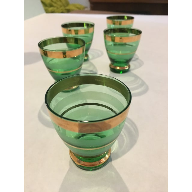 Mid-Century Moroccan Style Green With Gold Trim Decanter & Glasses - Set of 6 For Sale - Image 4 of 6