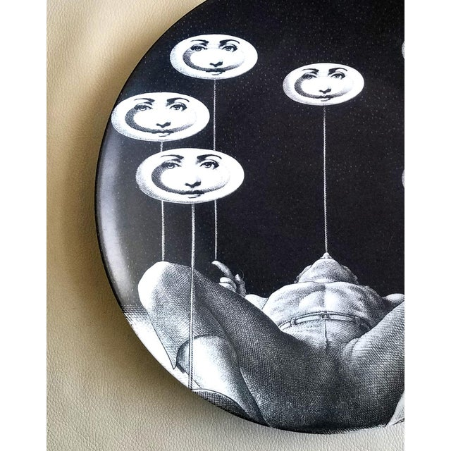 Contemporary Fornasetti Tema E Variazioni Plate, Number 193 For Sale - Image 3 of 3