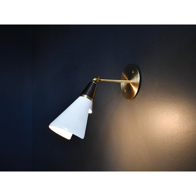 Mid-Century Modern Magari Adjustable Wall Lamp in Black, White & Brass by Blueprint Lighting For Sale - Image 3 of 8