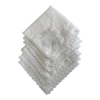 1930s English Traditional Hand Embroidered Linen Napkins - Set of 6 For Sale