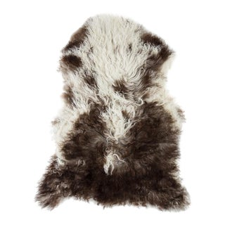 "Contemporary Natural Sheepskin Pelt - 2'1""x3'0"" For Sale"