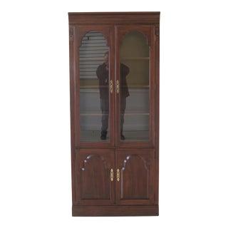 Ethan Allen Georgian Court Cherry 2 Door Display Cabinet For Sale