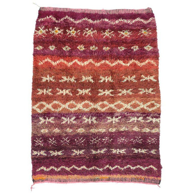 Vintage Berber Moroccan Rug with Modern Style For Sale - Image 5 of 5