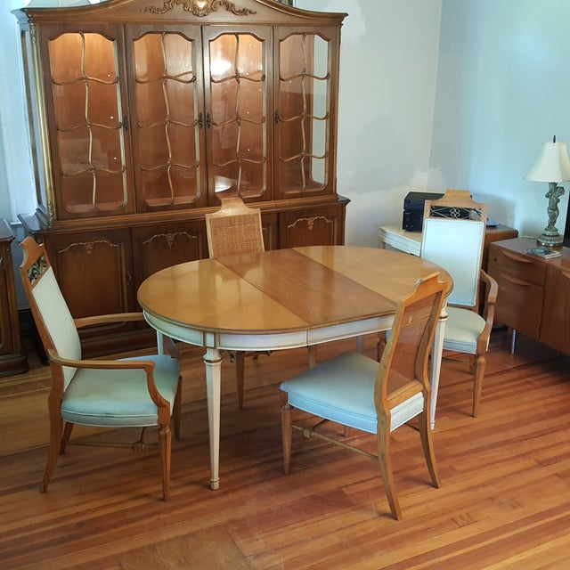 Kindel French Provincial Dining Set - Image 3 of 10