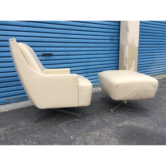 Contemporary Barbara Barry & HBF Scoop Lounge Chair & Ottoman - a Pair For Sale - Image 11 of 11