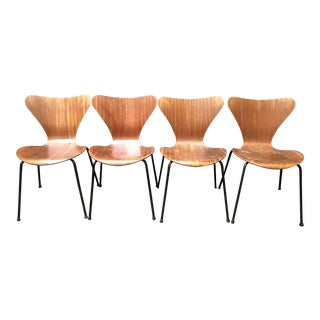Set of 4 Fritz Hansen Series 7 Chairs