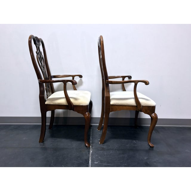 Queen Anne Thomasville Cherry Queen Anne Style Dining Captain's Arm Chairs - Pair For Sale - Image 3 of 12