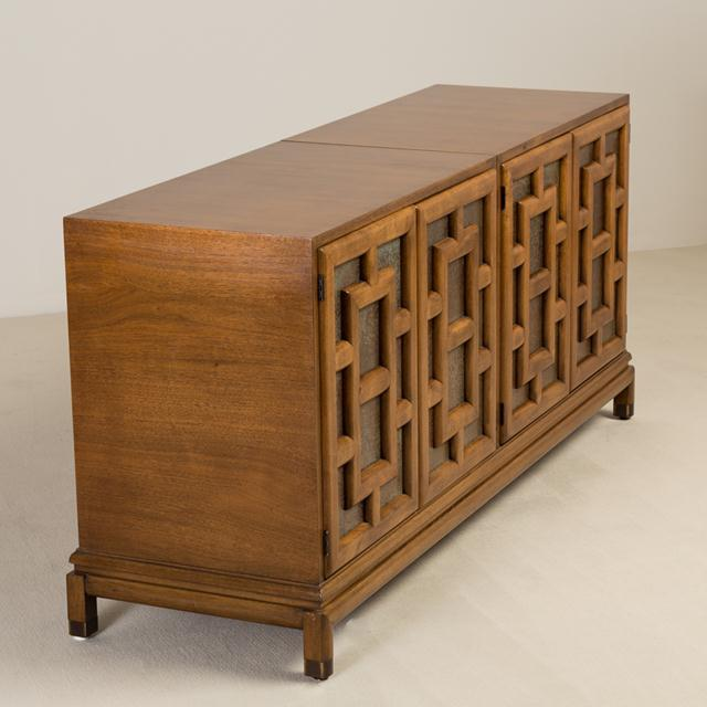 Asian Asian Modern Four-Door Cabinet by Renzo Rutili, 1960s For Sale - Image 3 of 6