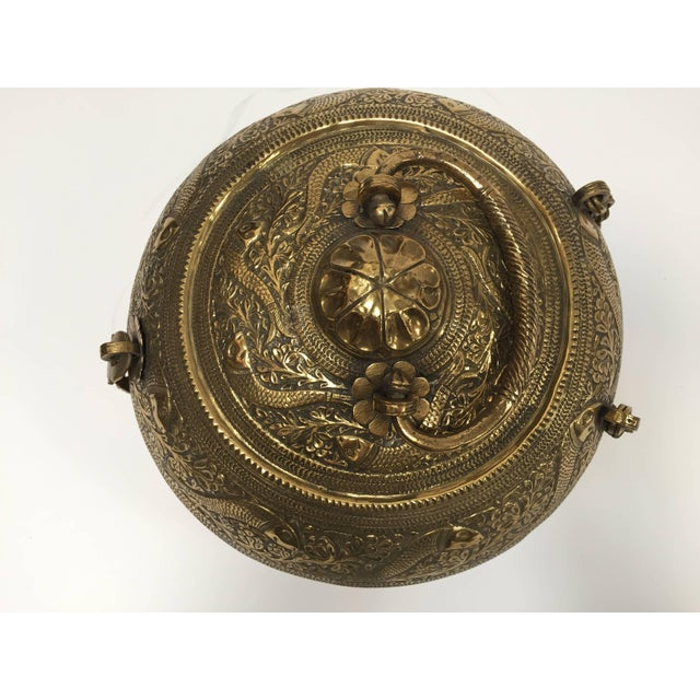 Decorative Large Round Anglo-Indian Brass Box Tea Caddy For Sale In Los Angeles - Image 6 of 10