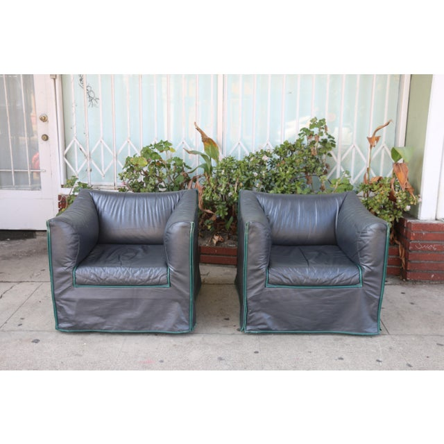 Beautiful well kept pair of Italian lounge chairs. Both are super comfortable and sturdy. No damages or missing parts....