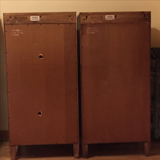 Ethan Allen Ethan Allen Bookcases - Pair For Sale - Image 4 of 4