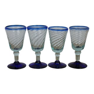 Cute Set of 4 Mid-Century Glasses With Royal Blue Rim For Sale