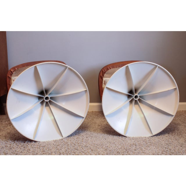 White 1970's Vintage Louisville Chair Company Tulip Stools - Pair For Sale - Image 8 of 11