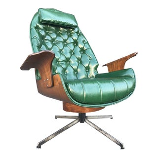 Beautiful Mid Century Swivel Chair by George Mulhauser For Sale