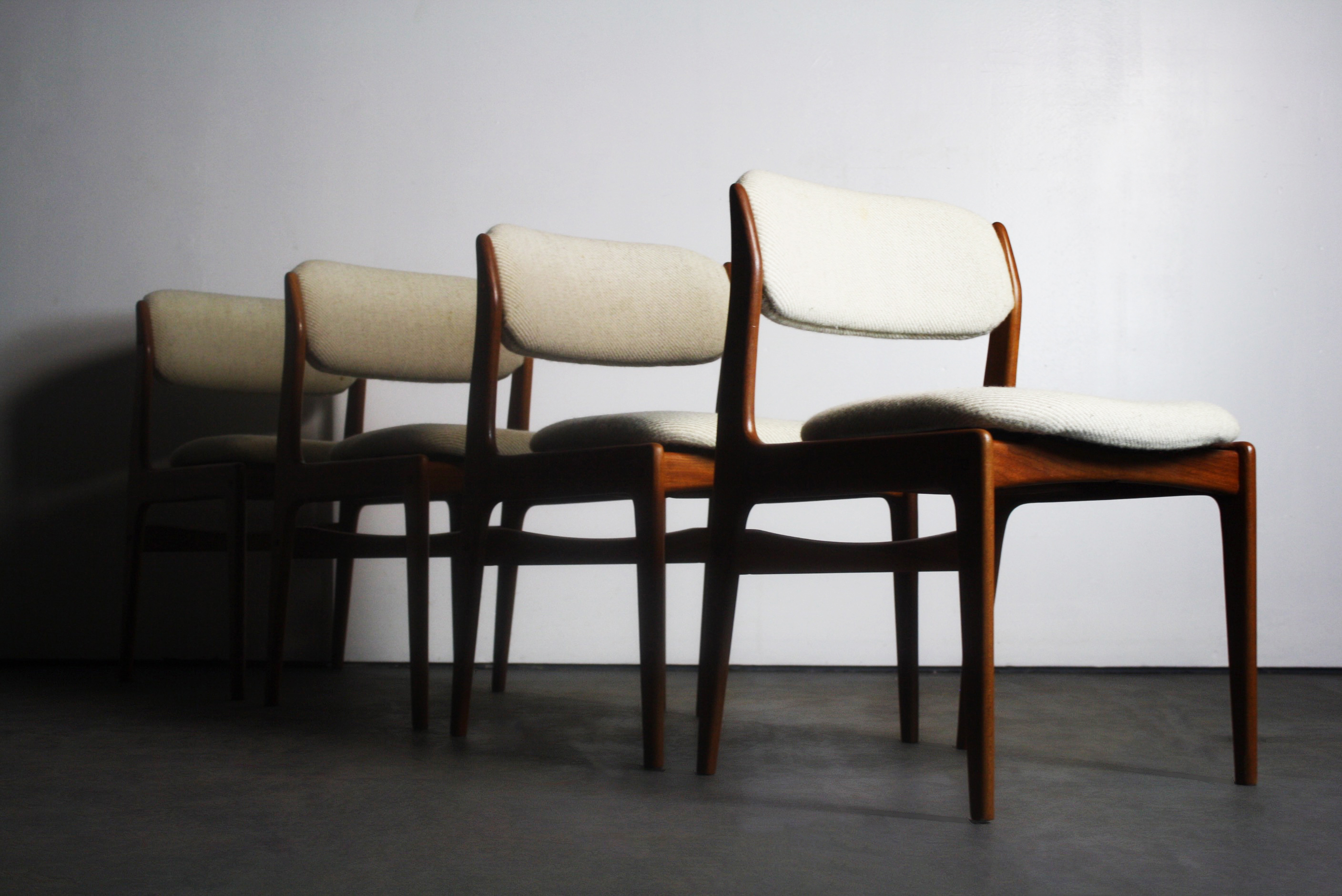 Attrayant Benny Linden Teak Modern Dining Chairs   Set Of 4   Image 2 Of 7