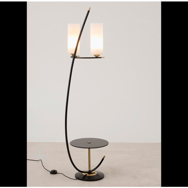French Floor Lamp in Brass and Black Lacquer with Etched Glass Diffusers, 1950s - Image 5 of 10
